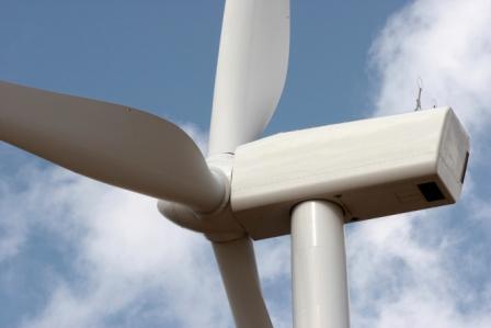 MIDEL 7131 Wind Turbine